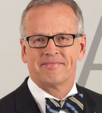 Prof. Dr. Winfried Born